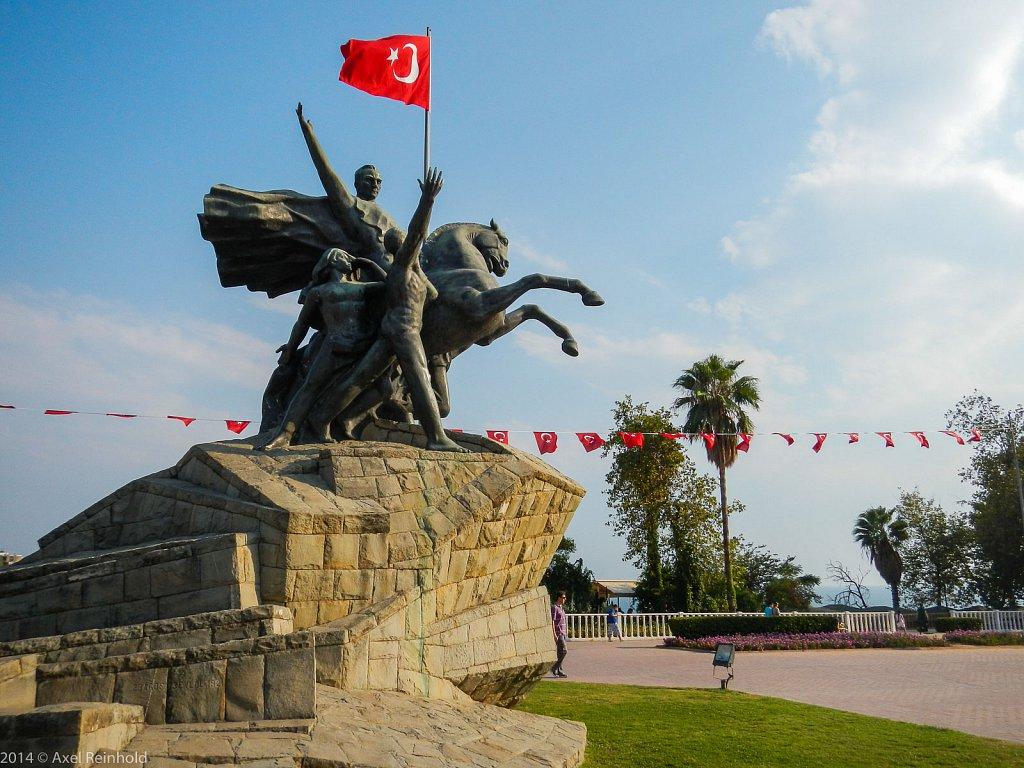 Atatuerk Denkmal